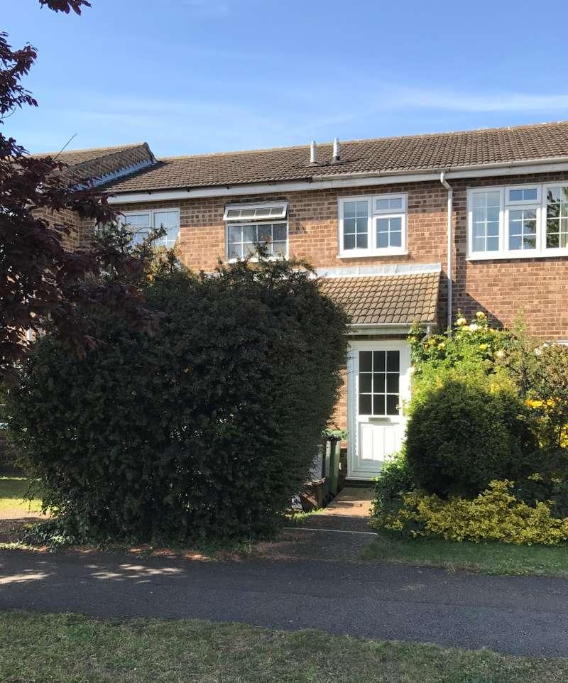 3 Bedrooms Terraced House for sale in Marsh Close, Waltham Cross, Hertfordshire, EN8 7JF