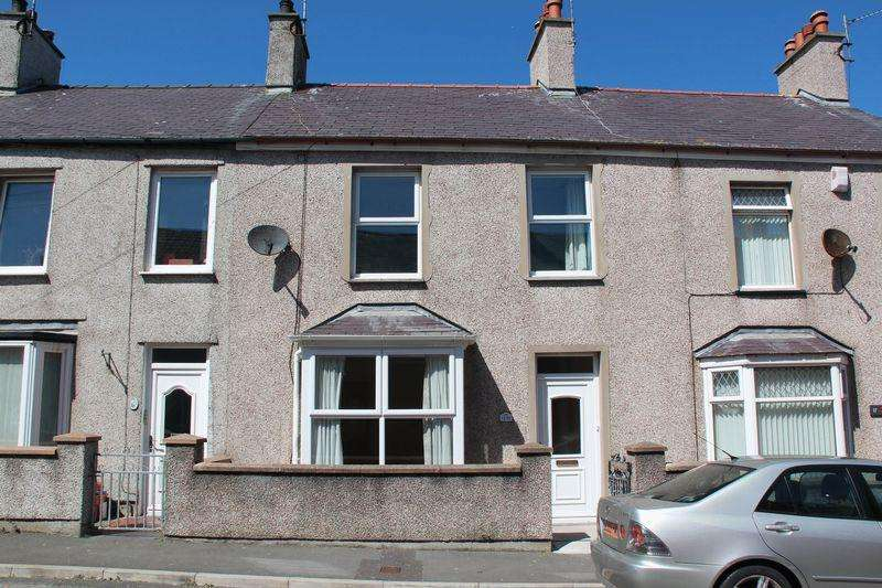 3 Bedrooms Terraced House for sale in Cambria Street, Holyhead