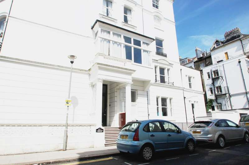2 Bedrooms Flat for rent in Denmark Terrace, Brighton