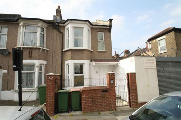 3 Bedrooms End Of Terrace House for rent in Prestbury Road, Forest Gate, London