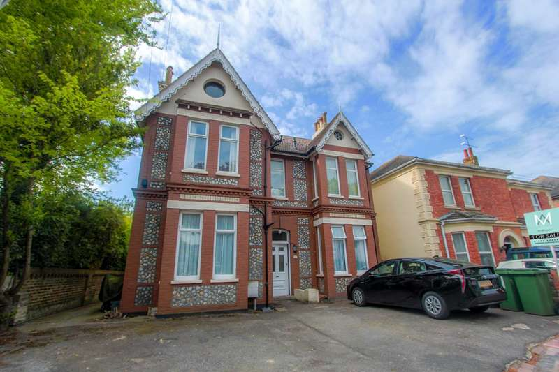 1 Bedroom Flat for sale in Winchester Road, Worthing