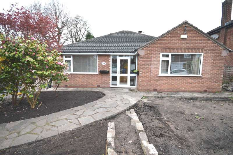 3 Bedrooms Bungalow for sale in Vicarage Avenue, Cheadle Hulme