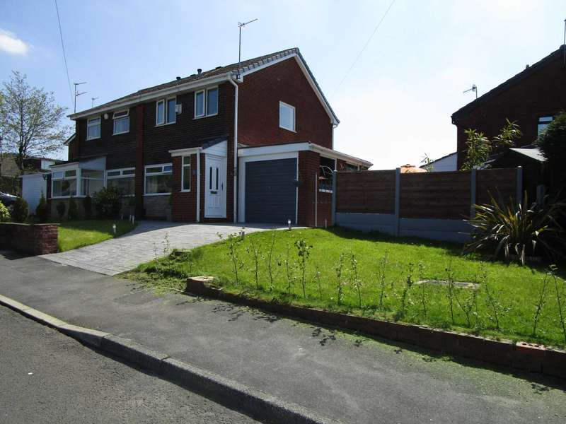 3 Bedrooms Semi Detached House for sale in Arley Drive, Shaw
