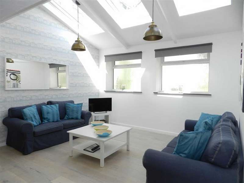 3 Bedrooms Cottage House for sale in Back Road East, St Ives
