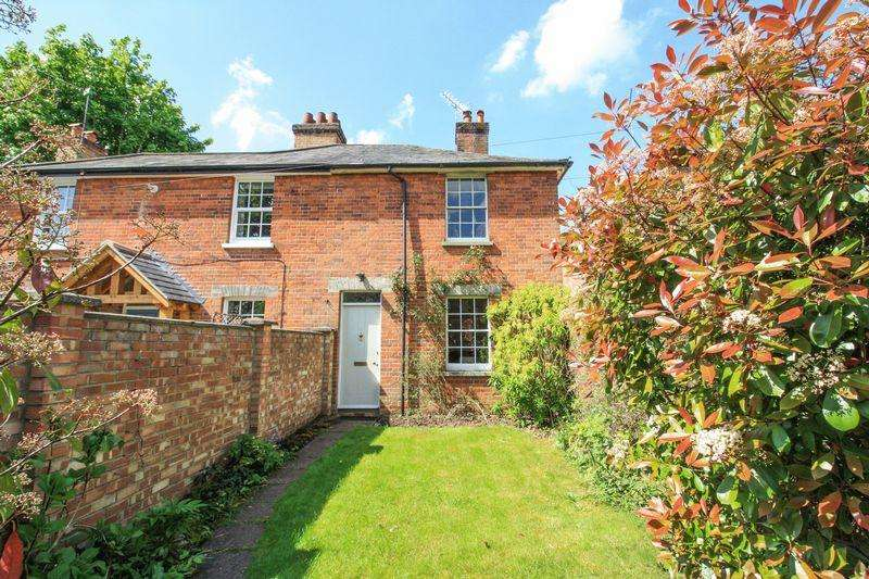 2 Bedrooms Semi Detached House for sale in MAIDENHEAD