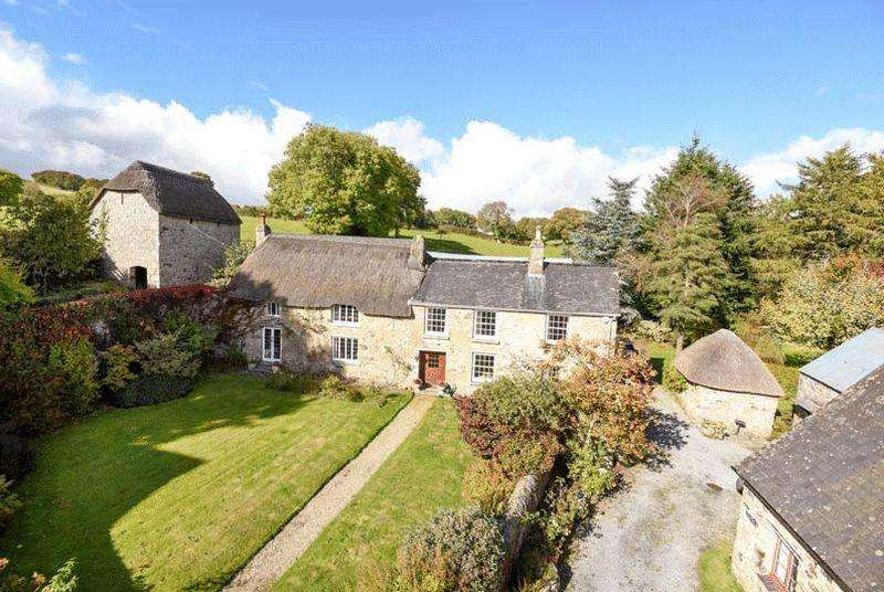 4 Bedrooms Detached House for sale in Stiniel, Chagford