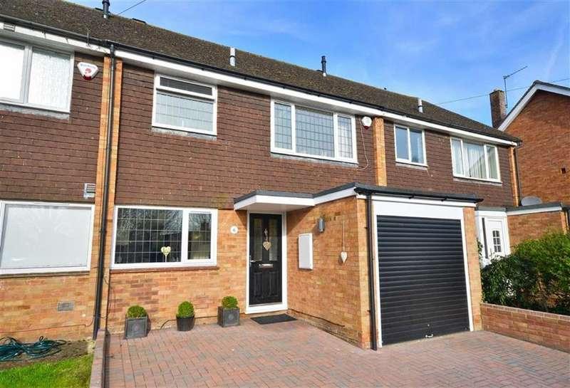 3 Bedrooms Terraced House for sale in Solesbridge Close, Chorleywood, Hertfordshire