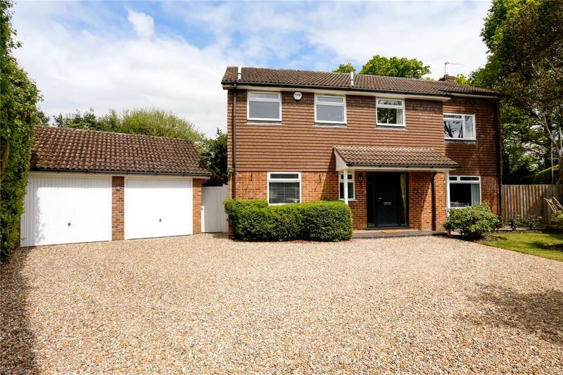 4 Bedrooms Detached House for sale in Pitch Pond Close, Knotty Green, Beaconsfield, Buckinghamshire, HP9