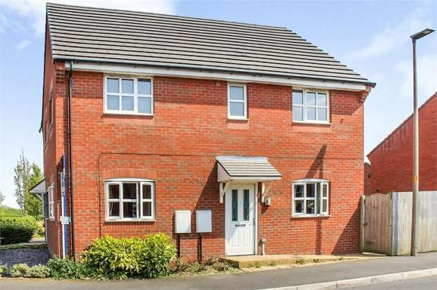 2 Bedrooms Flat for sale in Tallies Close, Abram, Wigan, Lancashire