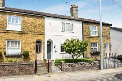 3 Bedrooms House for sale in Albany Road, Chislehurst