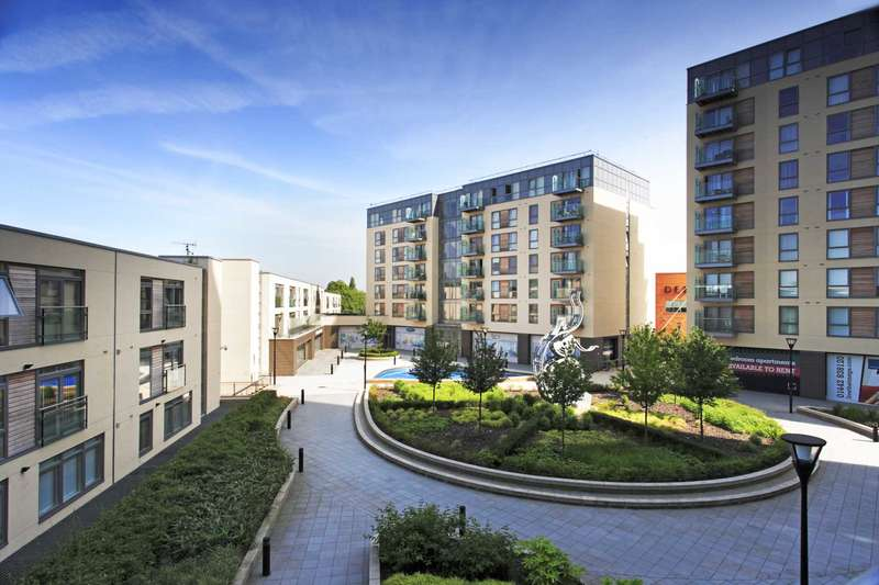 2 Bedrooms Apartment Flat for sale in The Podium, Cotterells
