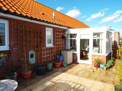 2 Bedrooms Retirement Property for sale in Swanton Morley, Dereham
