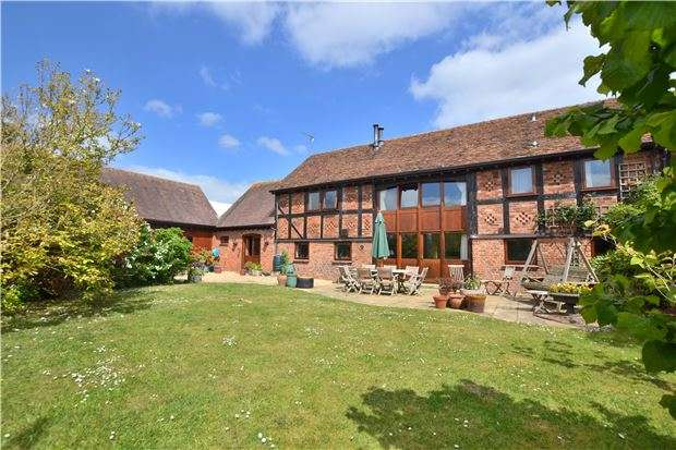 4 Bedrooms Property for sale in The Old Tythe Barn, School Lane, Ripple, TEWKESBURY, Gloucestershire, GL20 6EU