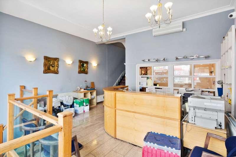 5 Bedrooms Terraced House for sale in Uxbridge Road, Shepherds Bush, W12