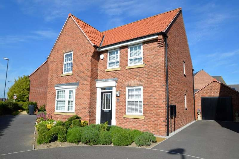 4 Bedrooms Detached House for sale in Woodlands Park, Pickering yo18