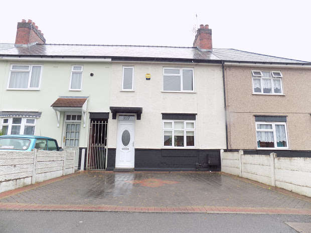 3 Bedrooms Property for sale in Meadow Walk, Cradley Heath, B64