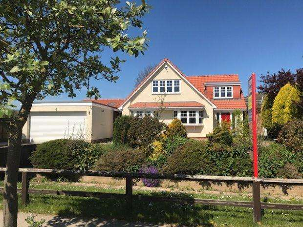 5 Bedrooms Detached House for sale in VALLEY DRIVE, WEST PARK, HARTLEPOOL