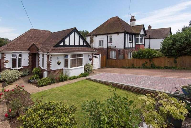 3 Bedrooms Detached House for sale in Benfield Way Portslade East Sussex BN41