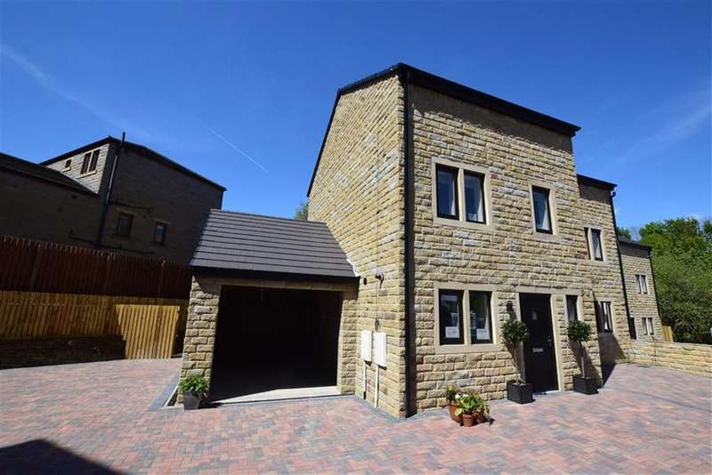 3 Bedrooms Semi Detached House for sale in Albion Gardens, Meltham, Holmfirth, HD9