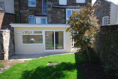 2 Bedrooms Flat for sale in Redruth, Cornwall