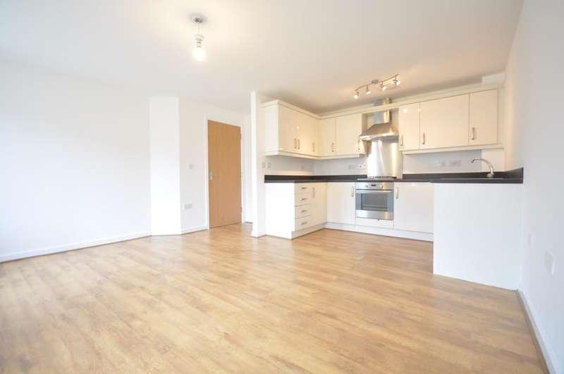 2 Bedrooms Apartment Flat for sale in Pear Tree Close, Wesham, Preston, Lancashire, PR4 3FD