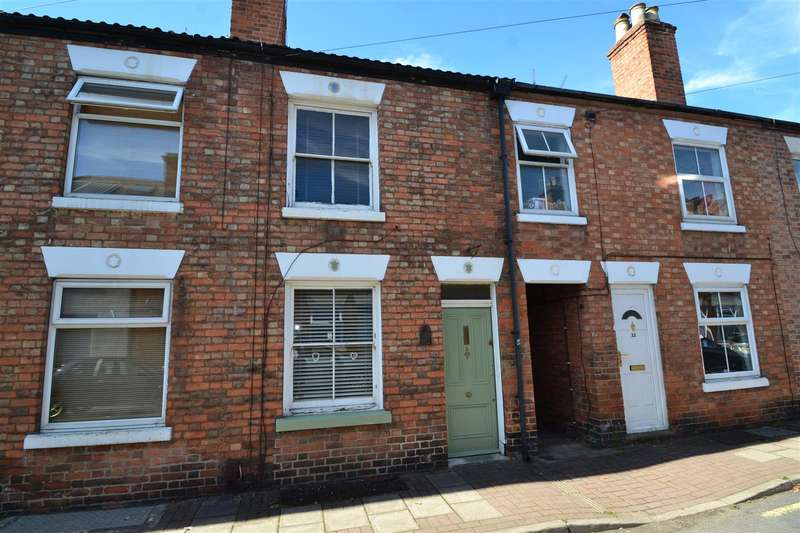2 Bedrooms Terraced House for sale in School Street, Loughborough