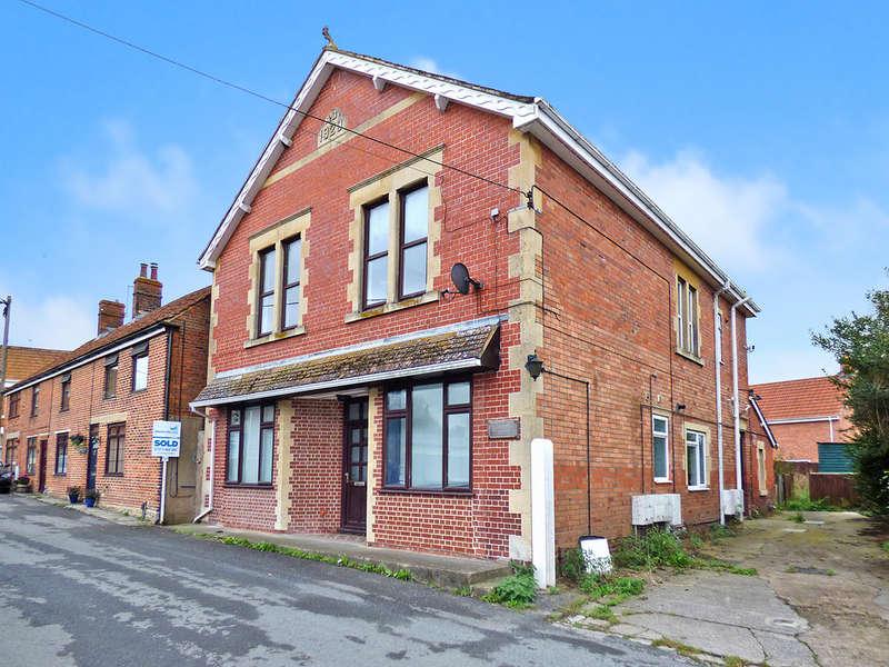 3 Bedrooms Apartment Flat for sale in Petticoat Lane, Dilton Marsh, Westbury