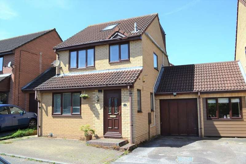 4 Bedrooms Link Detached House for sale in Bill Rickaby Drive, Suffolk, CB8