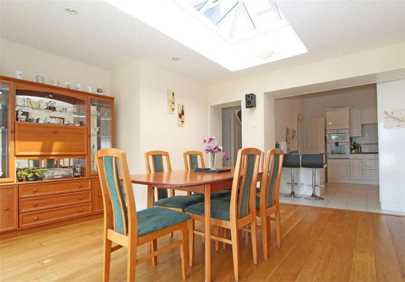 4 Bedrooms Terraced House for sale in La Rochelle, 39 Mount Durand, St Peter Port, TRP 182
