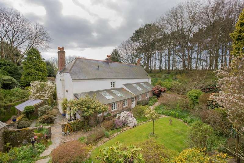 5 Bedrooms Detached House for sale in Slapton, Kingsbridge, TQ7