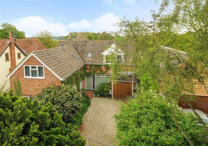4 Bedrooms Detached House for sale in Gashes Lane, Whitchurch Hill, Reading, RG8