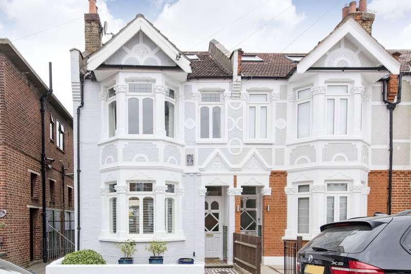 4 Bedrooms End Of Terrace House for sale in Muncaster Road, Battersea, London