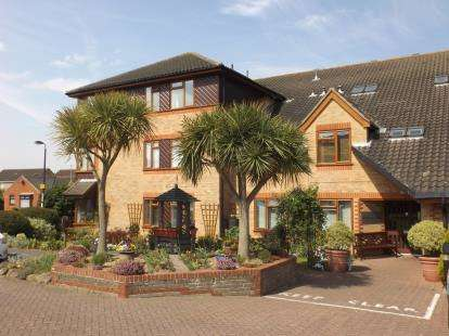 1 Bedroom Retirement Property for sale in Winston Close, Felixstowe