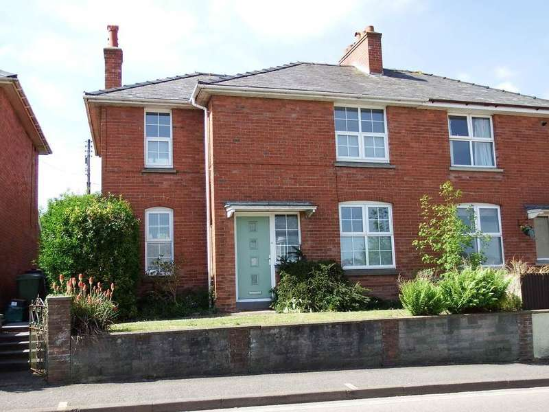 3 Bedrooms Semi Detached House for sale in Newport, Barnstaple