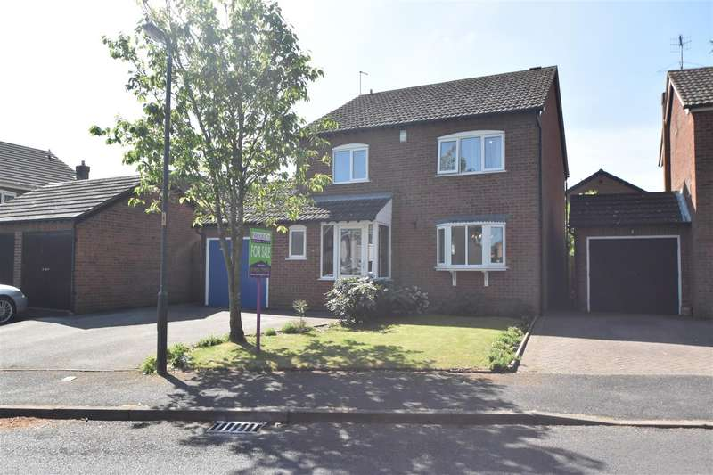 4 Bedrooms Property for sale in The Oaklands, Droitwich Spa