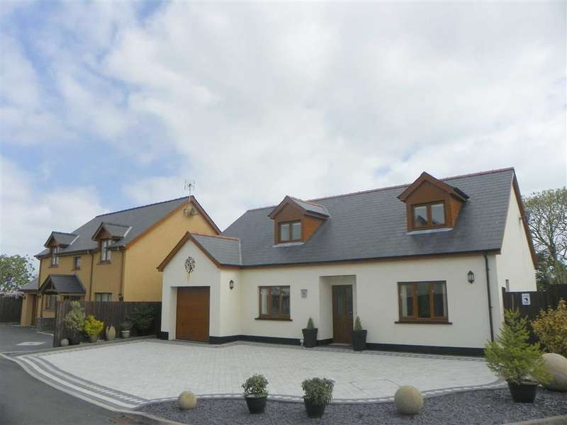 3 Bedrooms Property for sale in Reginald Close, Hundleton, Pembroke