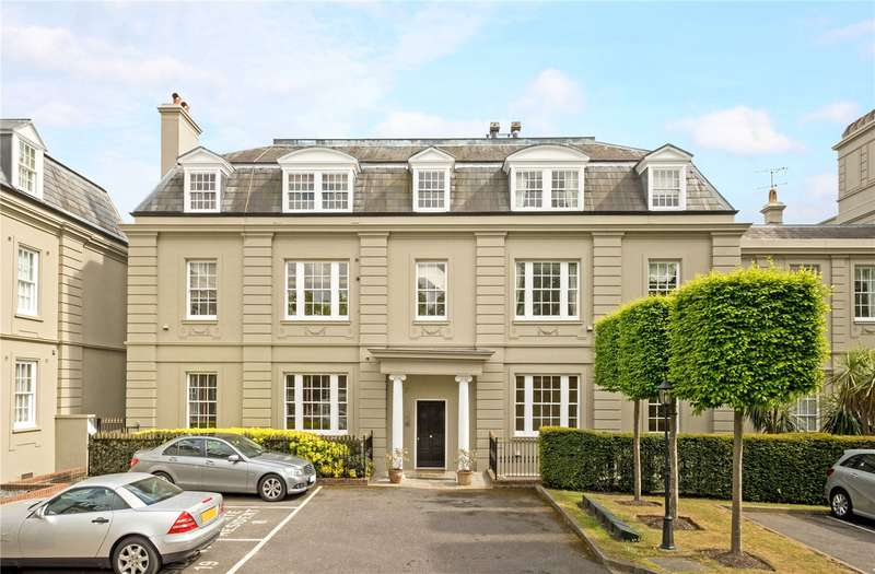 3 Bedrooms Flat for sale in High Street, Esher, Surrey, KT10