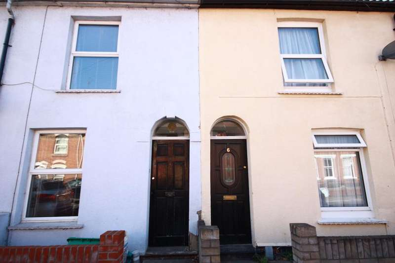3 Bedrooms End Of Terrace House for sale in Charles Street, Colchester CO1