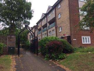 3 Bedrooms Duplex Flat for sale in Bodmin Grove, Nechells, Birmingham B7