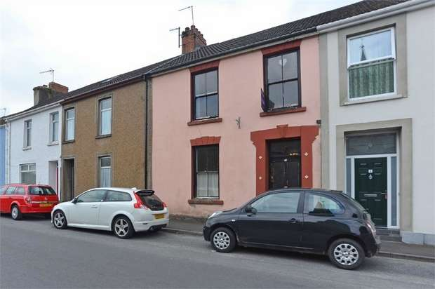 4 Bedrooms Terraced House for sale in Lady Street, Kidwelly, Carmarthenshire