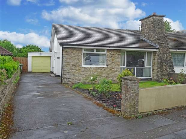 3 Bedrooms Semi Detached Bungalow for sale in Waters Road, Bristol