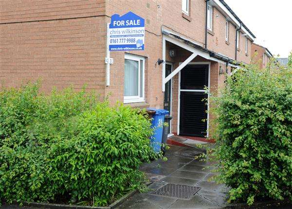 1 Bedroom Flat for sale in 31 Astley Road, Irlam M44 5DN