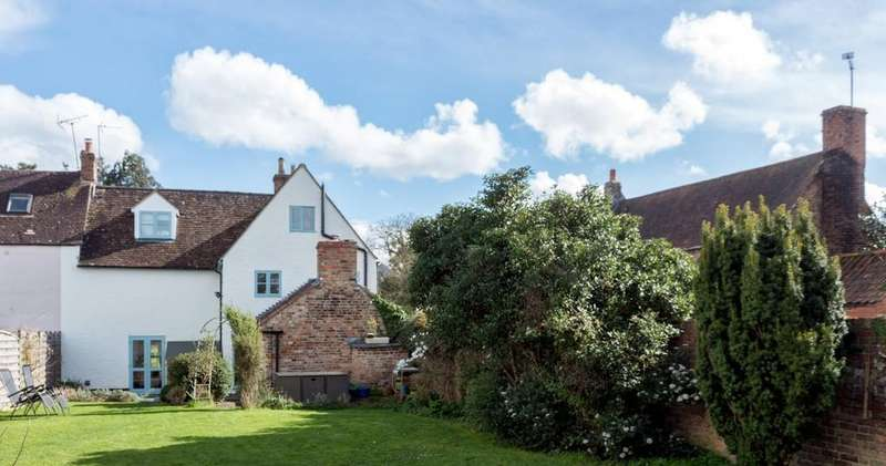 5 Bedrooms Link Detached House for sale in Frampton on Severn