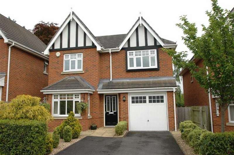 4 Bedrooms Detached House for sale in Moorcroft Court, Great Boughton, Chester