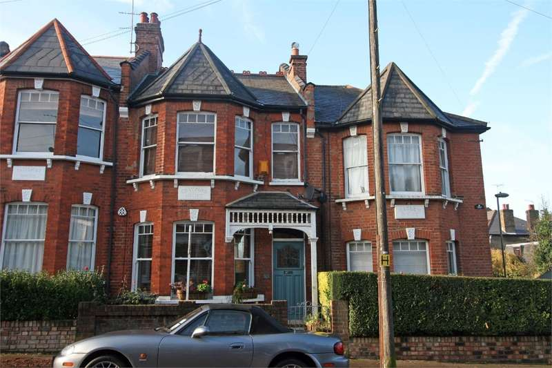 2 Bedrooms Flat for sale in Durham Road, East Finchley, London