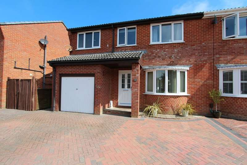 4 Bedrooms Semi Detached House for sale in MUDEFORD