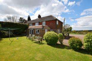3 Bedrooms Semi Detached House for sale in Cowbeech Hill, Cowbeech, Hailsham, East Sussex