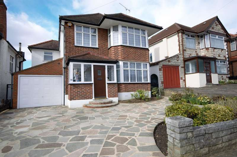 4 Bedrooms Detached House for sale in Woodcock Hill, Kenton, Harrow, Middlesex., HA3 0JL