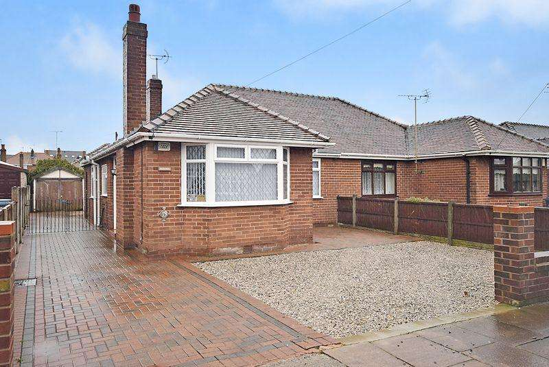 2 Bedrooms Bungalow for sale in Springfield Road, Widnes
