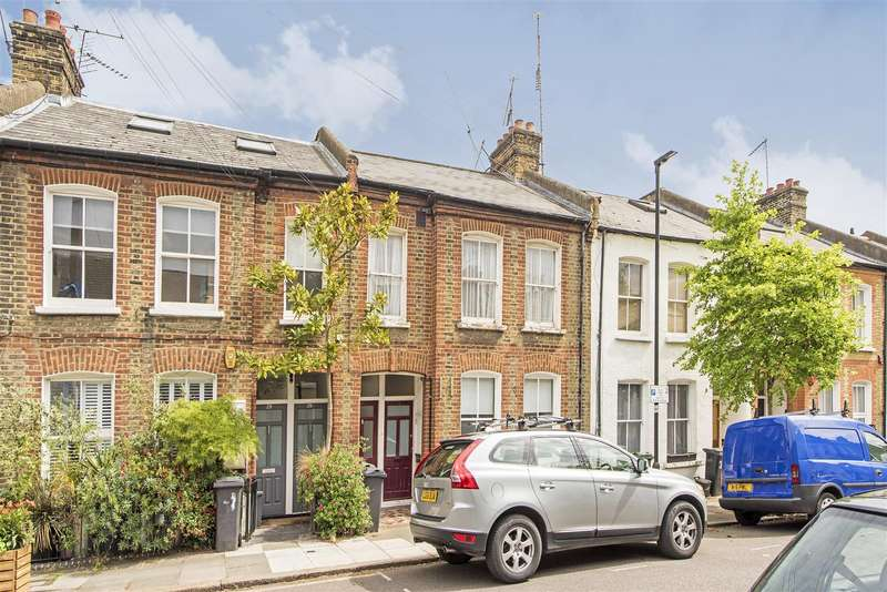 2 Bedrooms Flat for sale in Goldsborough Road, Vauxhall, London SW8